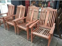 Set of 5 hardwood garden chairs with arms