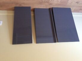 new graphite kitchen doors with handles (ex Howdens Joinery)