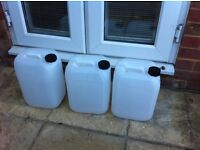 10l. Water containers