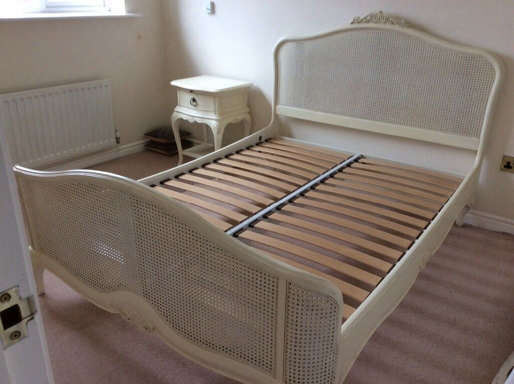 Willis and Gambier Double Bed Frame