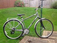 Giant Cypress city unisex hybrid bike (like new)