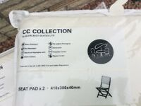 BNWT - 2 packs each of 2 cream cushion pads for outdoor garden furniture from Dobbies