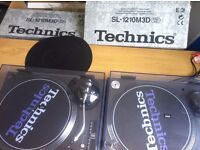 Technics Turntable 1210 M3D New - Behringer Mixer Used