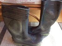 Men's size 11 wellington boots
