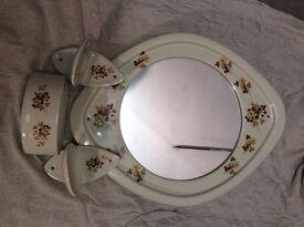 Vintage ceramic bathroom accessories - 4 piece set
