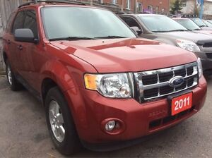 2011 Ford Escape Low KM 116K 4 Cyl. Leather Sunroof Alloys LOADE