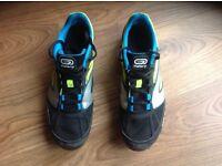 MENS / BOYS / GIRLS ATHLETICS RUNNING SPIKES, AT CROSS, YELLOW BLUE AND BLACK, KALENJI MAKE SIZE 6.5