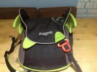Trunki booster seat and backpack all in one