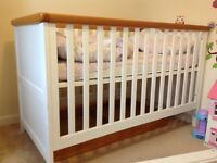 Mothercare cot bed and drawers / changer
