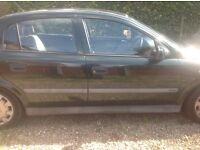 Y reg Vauxhall Astra. MOT till Feb 2017. 99433 miles
