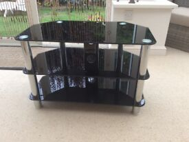 BLACK GLASS & CHROME TV STAND. EXCELLENT CONDITION.
