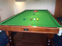 9 foot snooker table very good condition
