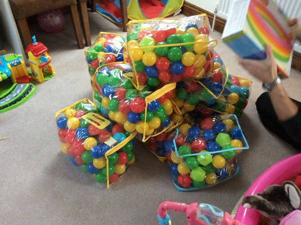 Ball pits balls and paddling pool make your own ball pit for Create your own pool