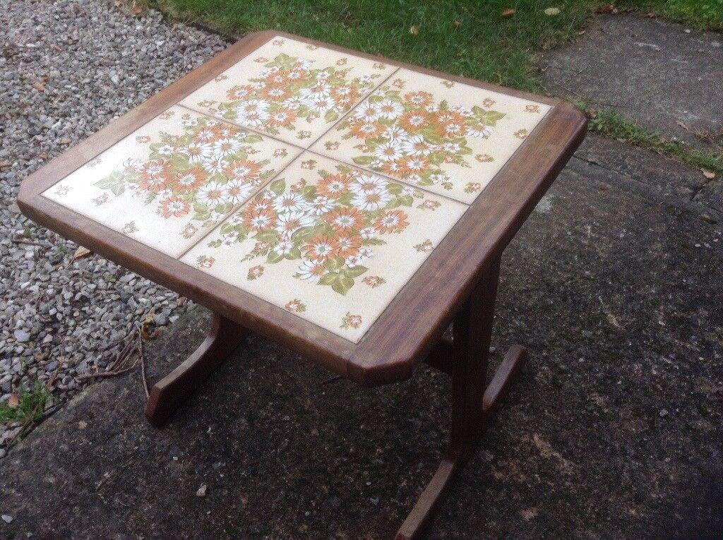 Retro Tile Table £ 5