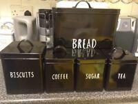 Black kitchen storage set