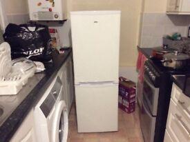 Amica FK197.4 Freestanding Fridge Freezer - White