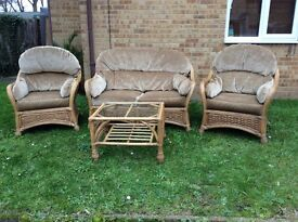 QUALITY SPOTTLESS RATTAN 4 PIECE SEATING SET