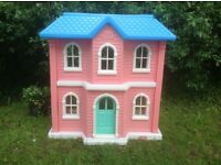 Classic Little Tikes Mansion Dolls House and Furniture