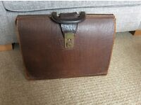 Vintage brown leather briefcase £10