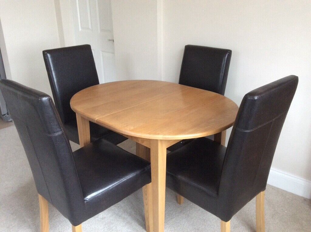 Super Oak Dining Room Table Four Chairs In Colchester Essex Gumtree Interior Design Ideas Gresisoteloinfo