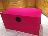Stunning Brand New Nanjing Large Pink Ottoman Storage Chest Trunk