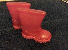 Girls welly boots size 3