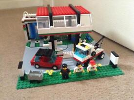 Vintage Lego town, Gas N' wash express set 6397