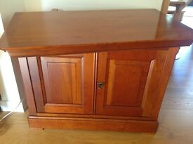 Beautiful solid cherrywood TV stand