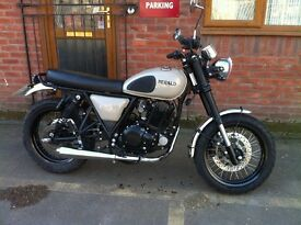 Herald Roamer 250cc ex demonstrator low mileage under 3000 miles now just £2,400 save over £1000