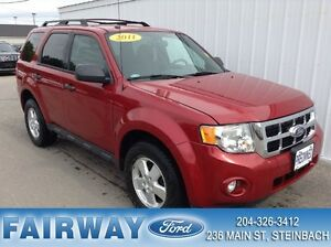 2011 Ford Escape XLT 4D Utility 4WD ON THE Spot Financing OAC!