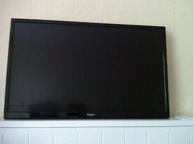 For Sale TV Philips LED 32""