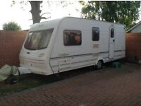 Lunar Clubman 530-4 . 2001 .4 berth caravan with mover