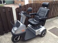 TGA MIDI 2014 MOBILITY SCOOTER IN GREAT CONDITION WITH OUTSIDE COVER PERFECT WORKING ORDER