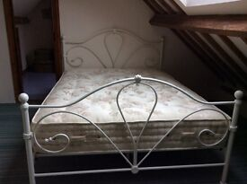 Queen double bed with mattress