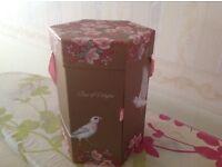 Sanctuary luxury gift box