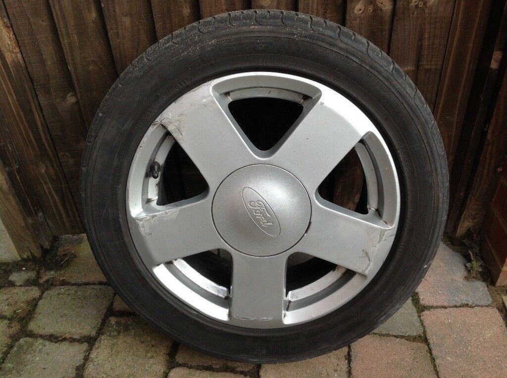 FORD FIESTA ZETEC ALLOY WHEEL COMPLETE WITH GOOD TYRE SLIGHT DAMAGE ALLOY WHEEL WITH GOOD TYRE 4mm