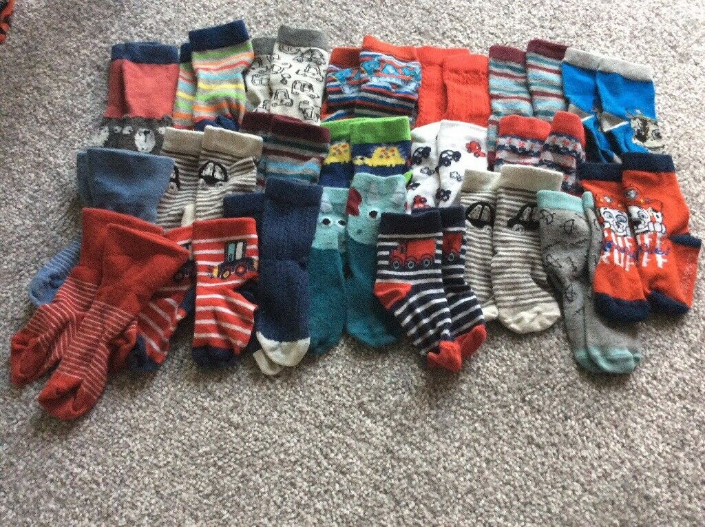 21 pairs of baby boys socks