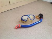 Diving snorkel and mask. Adjustable.