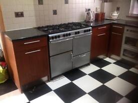 Magnet Cherrywood Used Kitchen