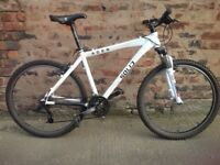 Solid bikes, acer Mens imported hardtail mountain bike