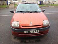 Renault clio. Motd quick sale £250