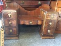 Reduced dressing table