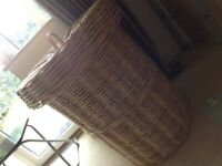 Storage/Landury basket Habitat