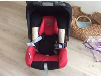 Britax Baby Car seat - Smoke and Pet Free Home