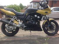 YAMAHA FAZER FZS600 low miles stunning classic bike SOUTH SHIELDS