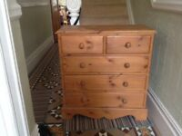 Good quality chest of drawers
