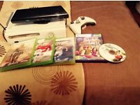 Xbox 360 console, Kinect bar, hand control and 5 games