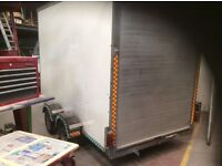 4 wheel box trailer