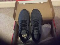 Nike dual tone racer trainers size 5.5