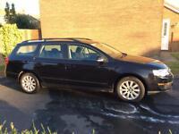 Volkswagon PASSAT 1.6S FSI black petrol estate
